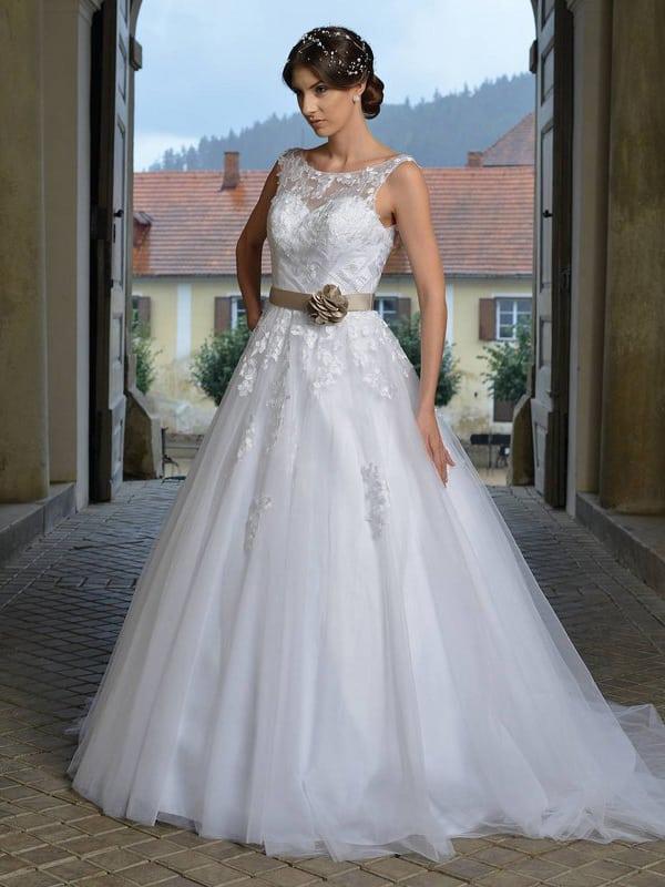 Svatební šaty - Melba
